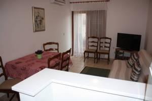 IMG 9387 1 300x200 - Apartment Biograd