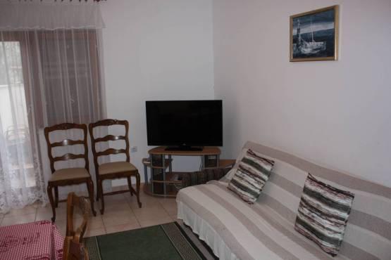 IMG 9389 1 555x370 - Apartman Biograd